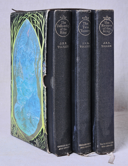02 Tolkien LOR Books in sleeve 002